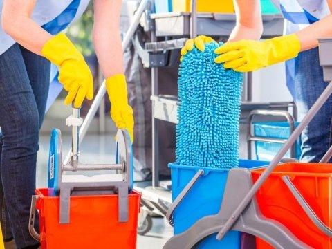 Esperti in pulizie industriali