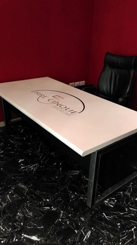 Recupero mobili con adesivi personalizzati