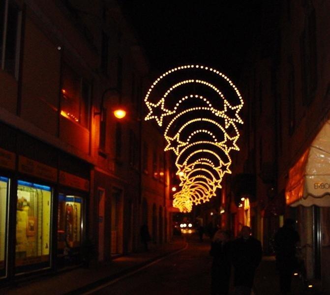 Luci natalizie per centri cittadini