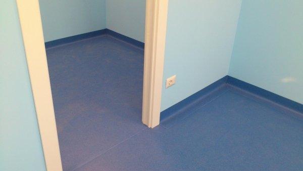pavimenti colorati per uffici