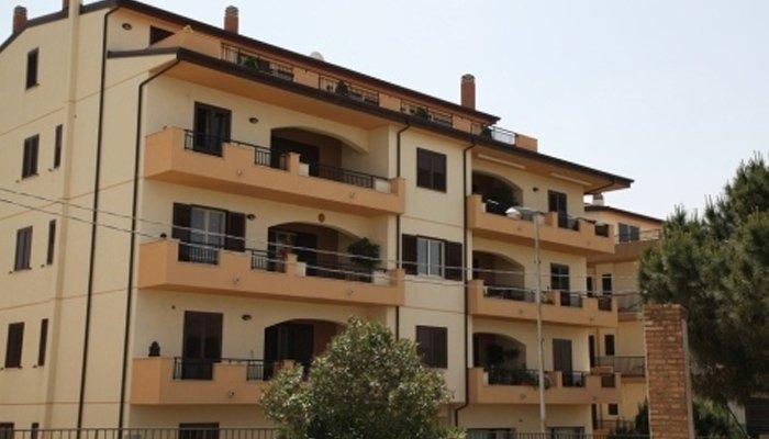 Realizzazione tetti e grondaie palazzine