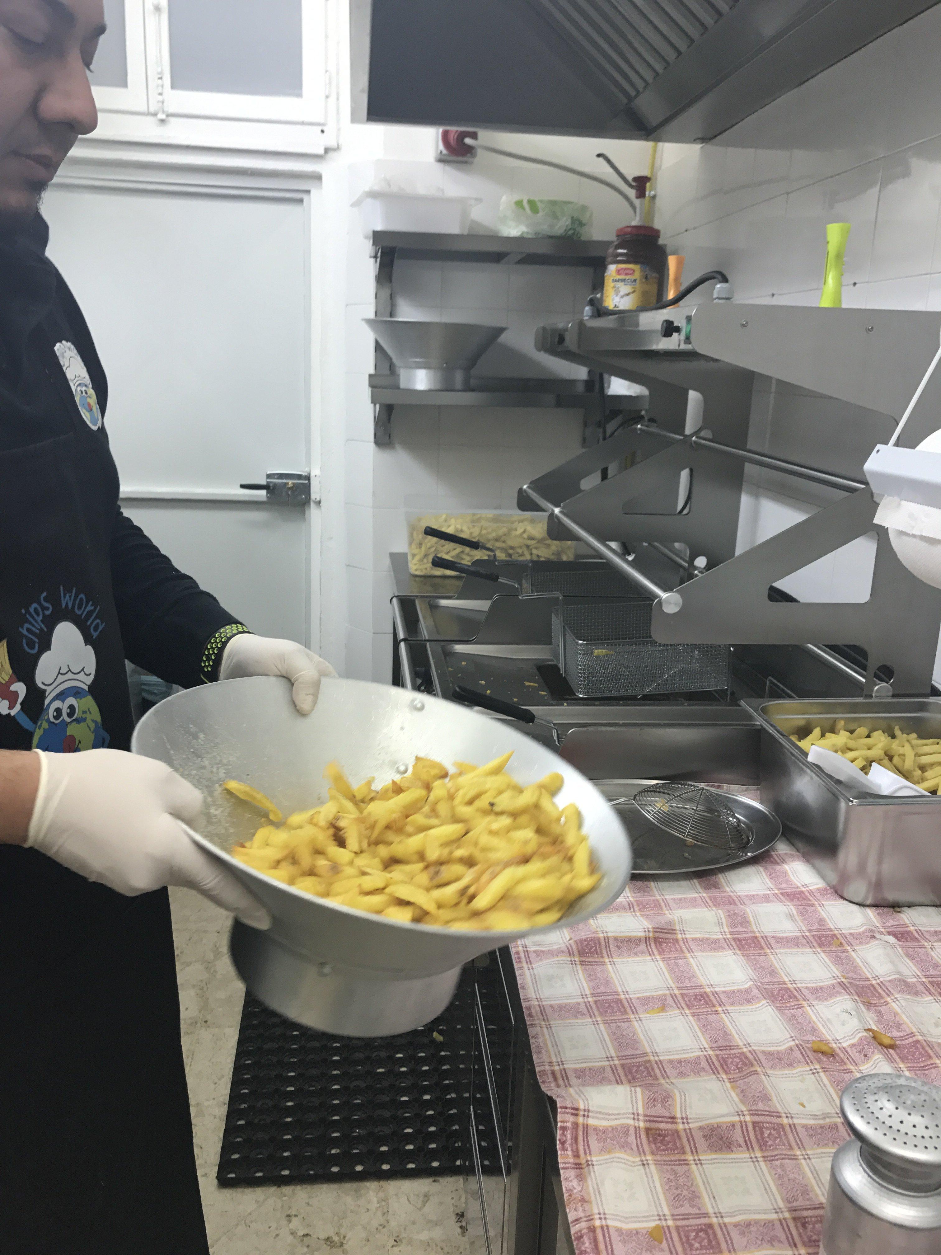 preparazione patatine fritte