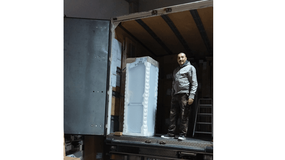 movimentazione mobili e scatoloni di ogni dimensione