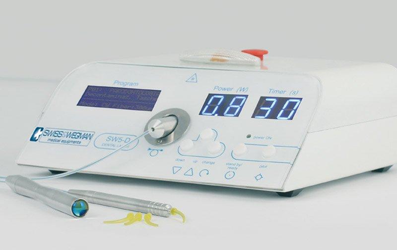 trattamento laser dentistico