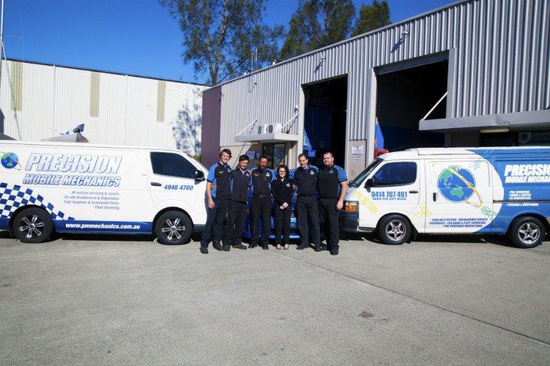 precision-mobile-mechanics-team-and-vans