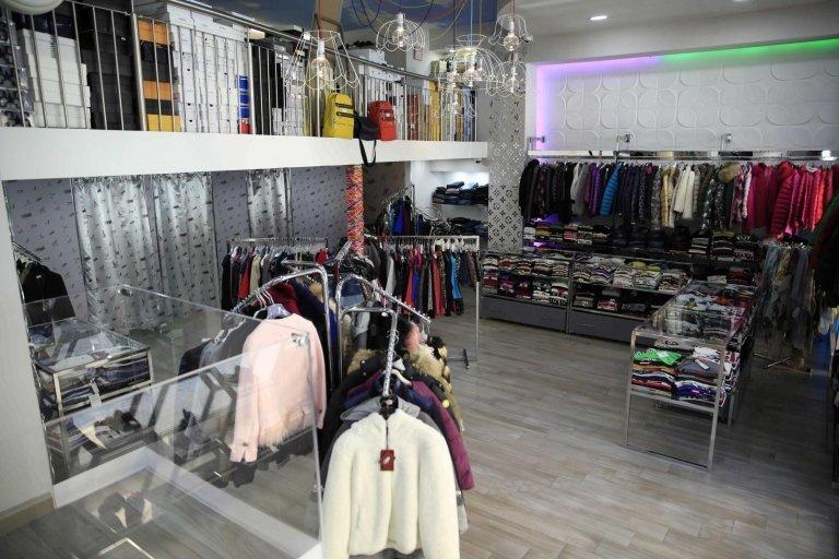 arredamento negozio abbigliamento donna
