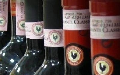 Dettagli di bottiglie di vino
