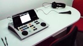 esame con audiometro