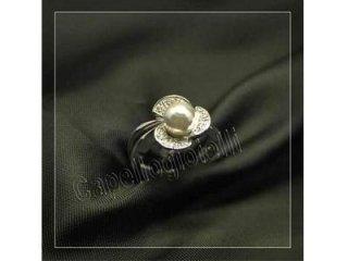 anello con perla