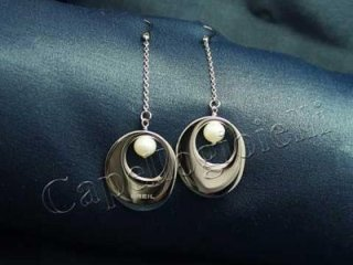 orecchini in acciaio