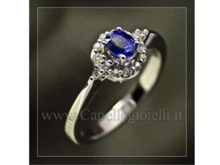 anello con zaffiro