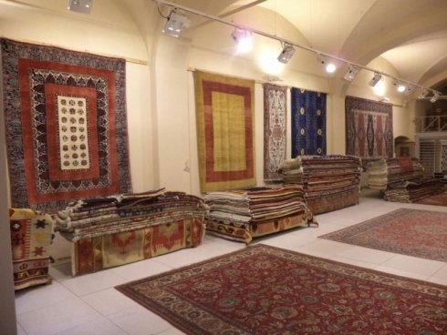 Manutenzione tappeti persiani