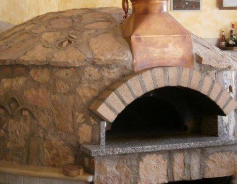 Forni a legna per panifici e pizzerie melicucco reggio for Sportello per forno a legna