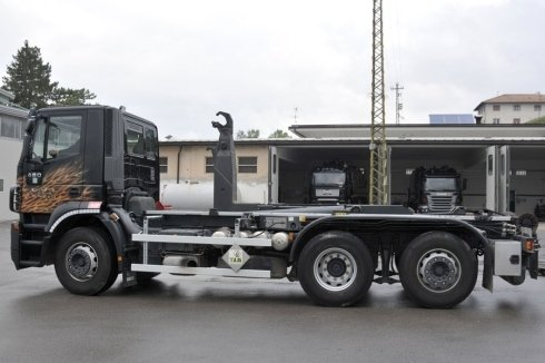 camion trasporti scania