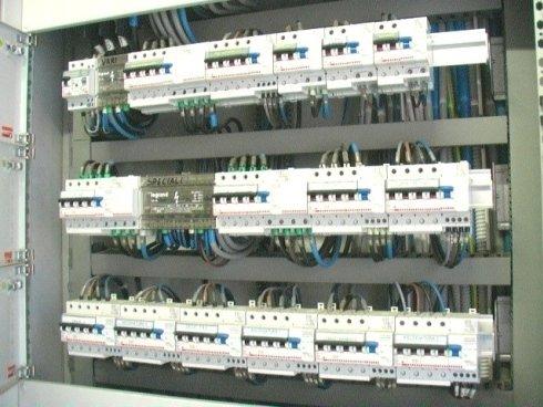 quadri elettrici, installazione quadri elettrici, collaudo quadri elettrici