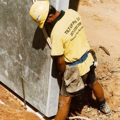 concrete tilt panel worker
