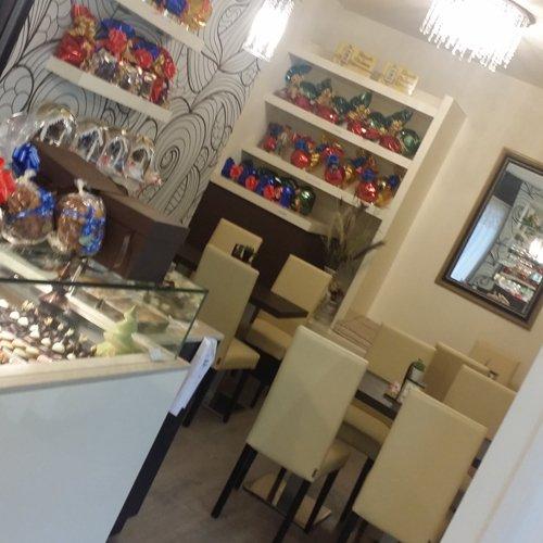 Interno della Pasticceria Caffetteria Baroffio & Magni a Viggiù