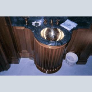 piano per lavabo