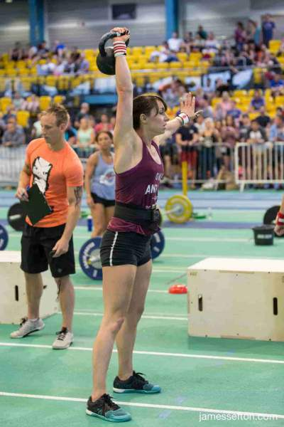 Personal Trainer Cardiff | Verity female personal Trainer competing