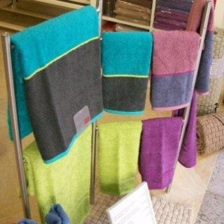 set asciugamani, tovagliati, coperte