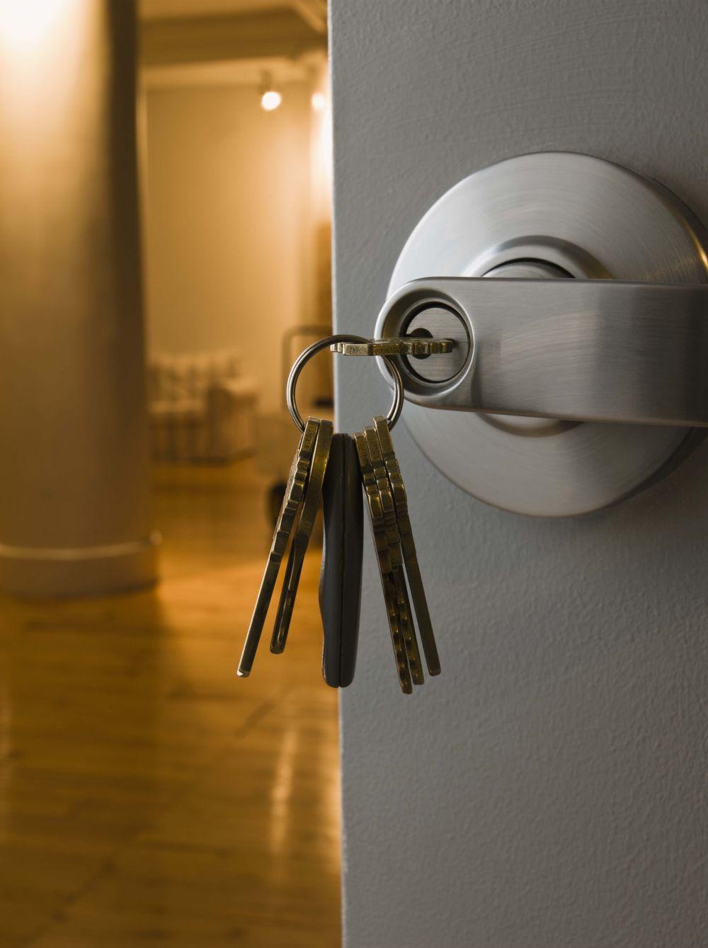 Set of keys in a lock by lock service in Anchorage, AK