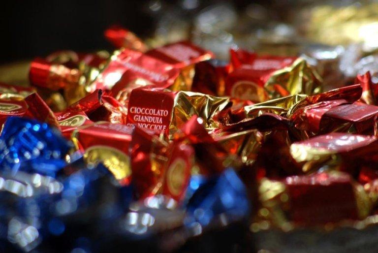 cioccolato gianduia nocciole