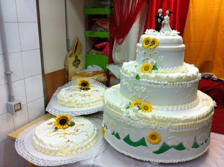 torta nuziale girasoli
