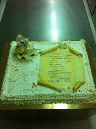 torta nuziale rettangolare
