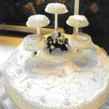 torta nuziale artistica