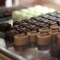 praline, cioccolatini, gardini