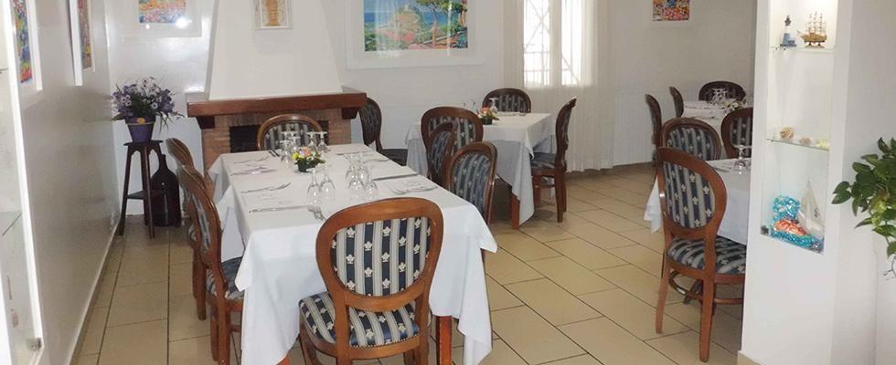 Sala interna della Taverna dello chef