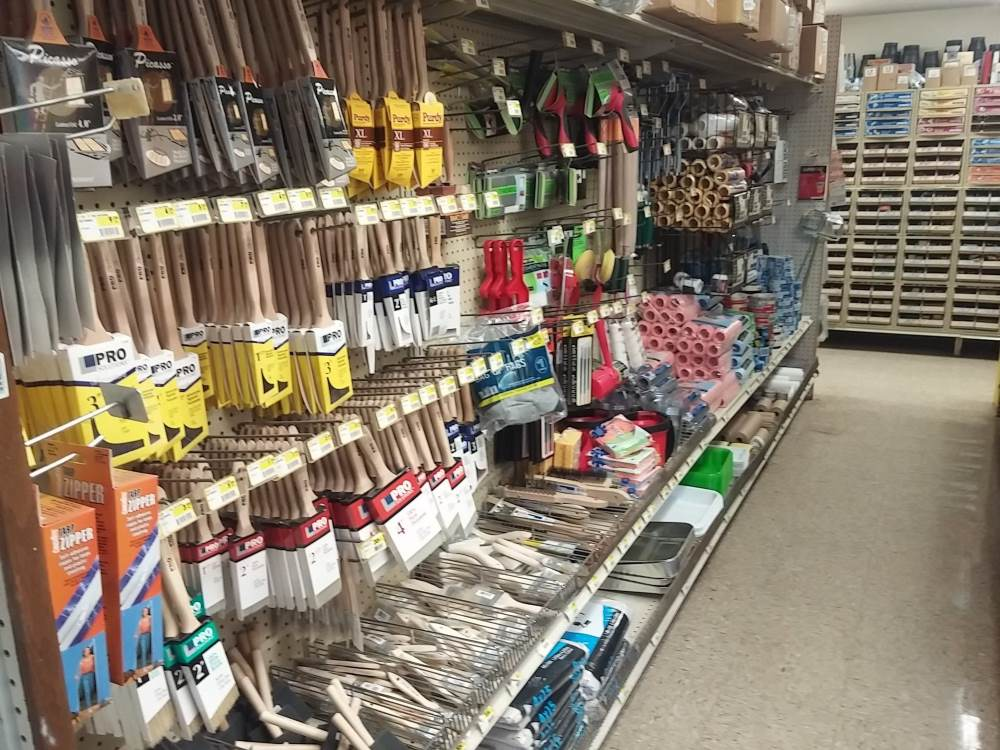 Painting brushes and painting tools