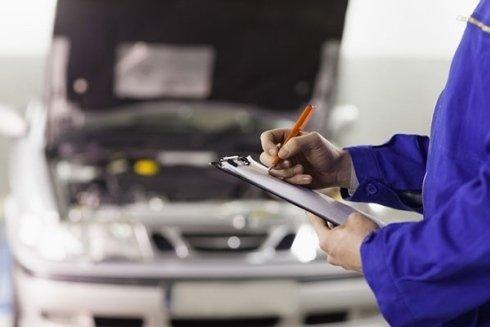 Presso la sede di Autoplus si esegue il tagliando della vostra vettura.