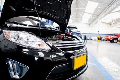 Lo staff di Autoplus si incarica di eseguire accurate revisioni per la vostra vettura.