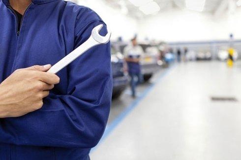 Autoplus esegue interventi di riparazione e revisione della vostra vettura.