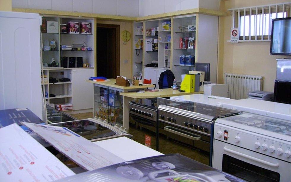vendita forni elettrici, vendita cucine a gas, vendita cucine elettriche, vendita elettrodomestici, Aldo Dionisi, Dionisi Aldo Elettrodomestici, Rieti