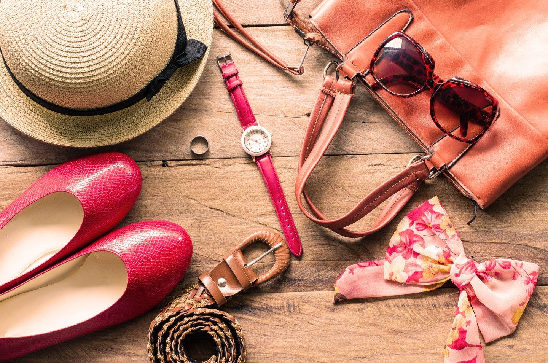 Calzature borse ed accessori per le donne a Caserta