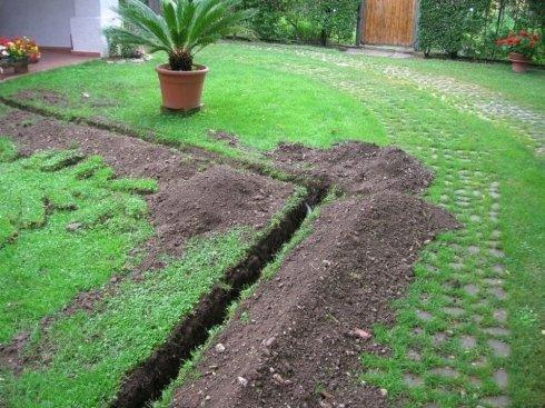scavo per impianti di irrigazione