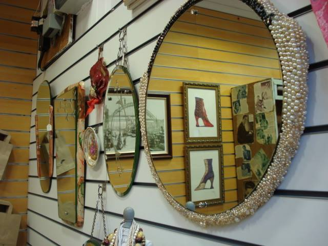 Beautiful mirrors and wall hangings