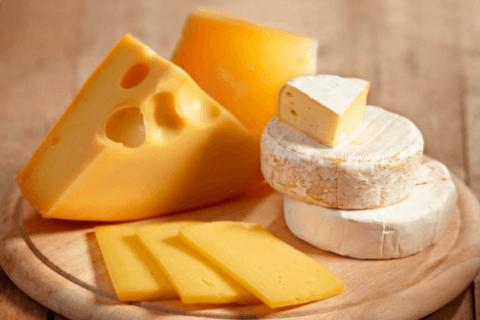 Presso il caseificio potrete acquistare formaggi ragionali