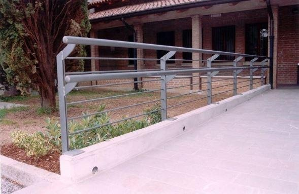 costruzione parapetto Serramenti Degano
