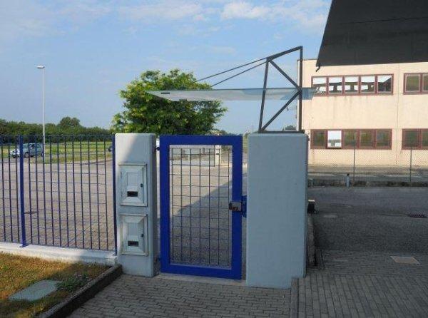 cancello commerciale Serramenti Degano