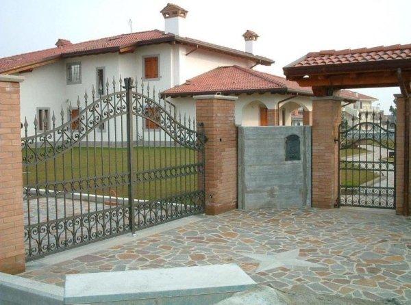 cancelli ingresso Serramenti Degano