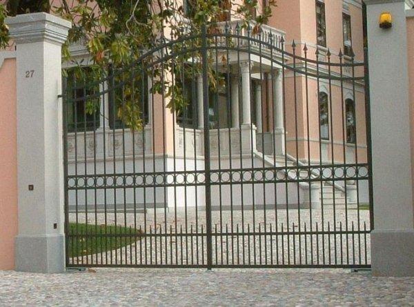 costruzione cancello Serramenti Degano