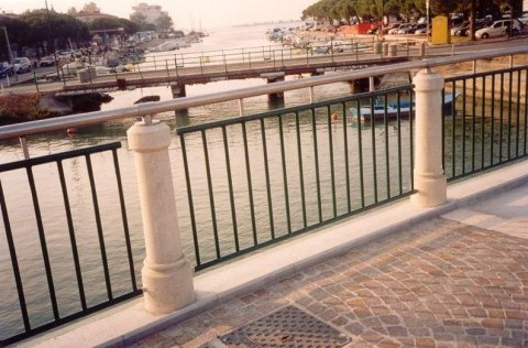 parapetto balcone Serramenti Degano