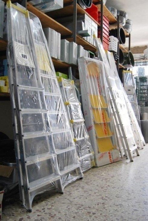 Ferramenta Pascolini, Gubbio (PG), scalette