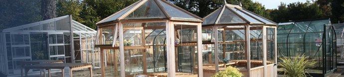 Greenhouses 1 – Reading – Berkshire Garden Buildings