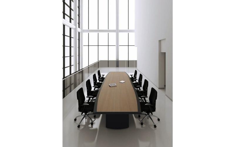 tavolo grande per riunione