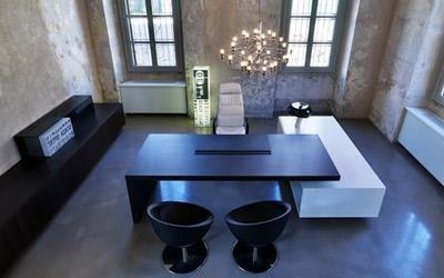 tavolo nero poltroncine design
