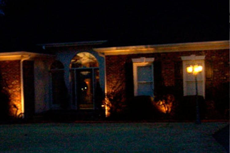 Snow's Landscaping & Lawncare | Outdoor Lighting
